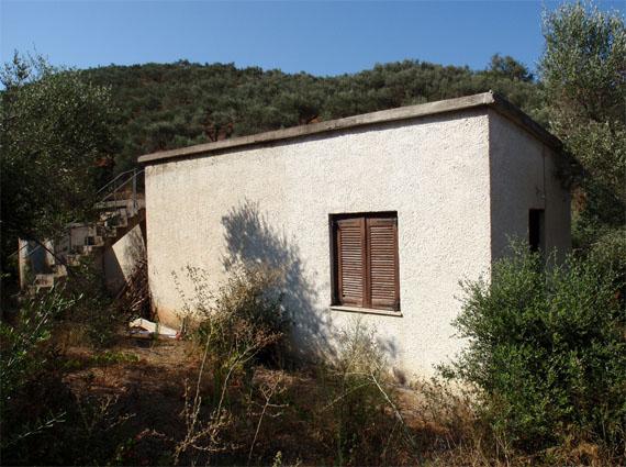 Gerani-Loutraki Residence for Sale