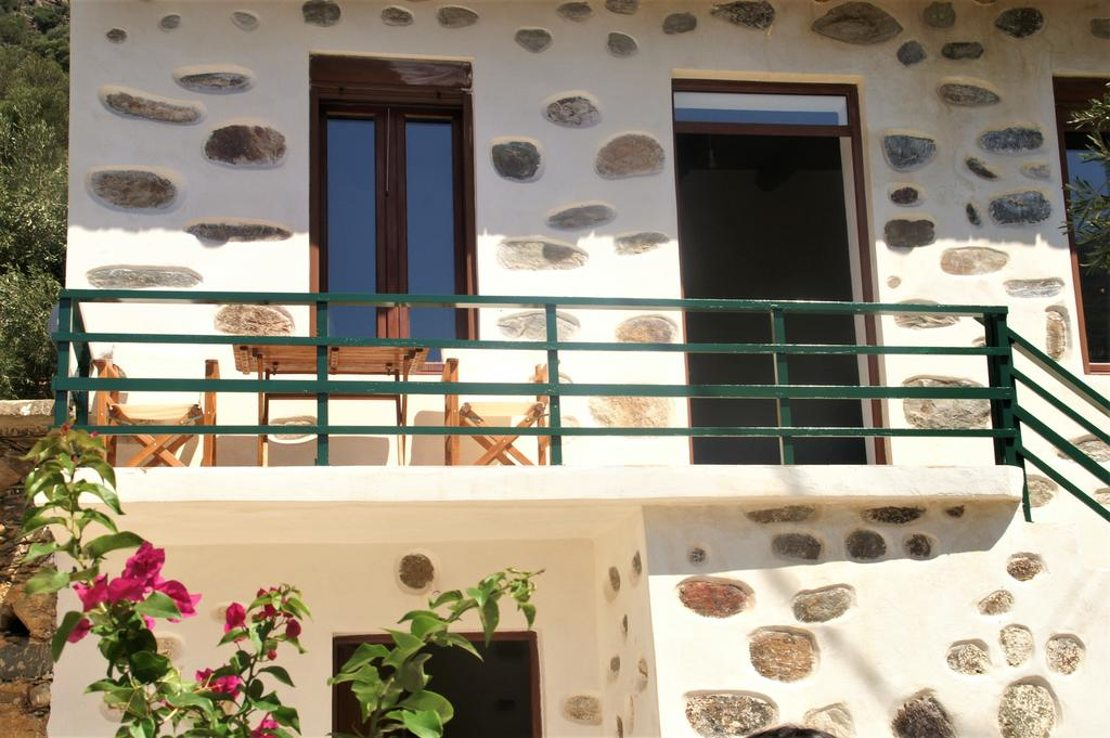 Inachori traditional stone house for sale