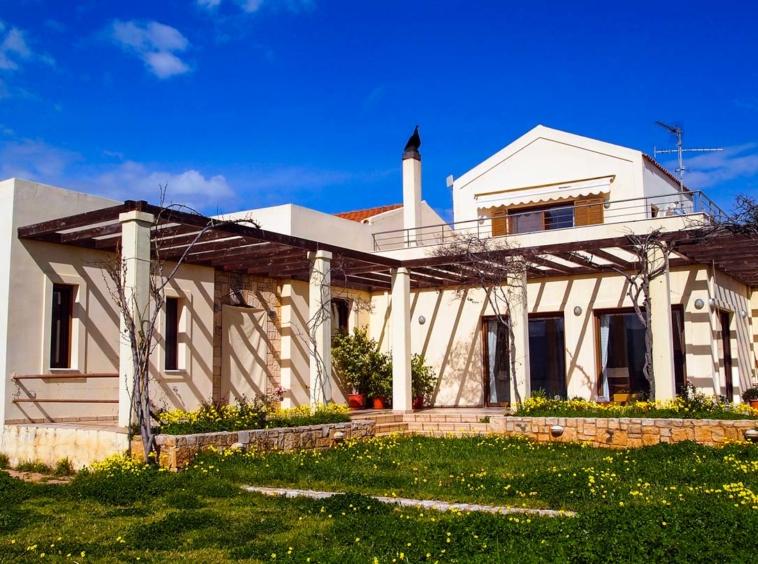 Luxury Villa for Sale in Akrotiri, Chania