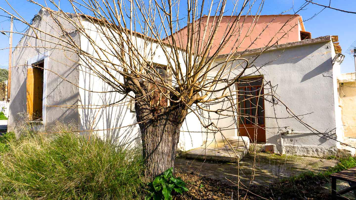Plot for Sale Close to Agia Lake - Old House Views